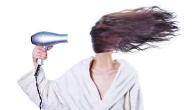 How to dry your hair with a Hair dryer (do;s and don'ts)